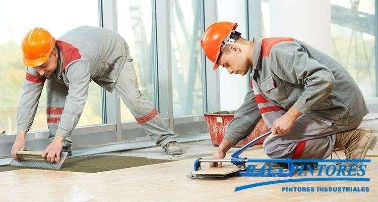 Arreglar el suelo de tu empresa