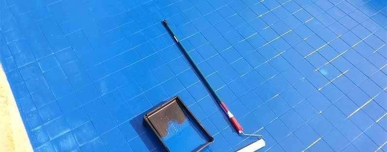 Cómo es la pintura impermeabilizante para piscinas