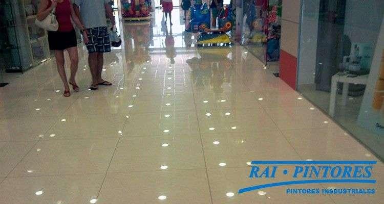Pavimentar áreas y centros comerciales