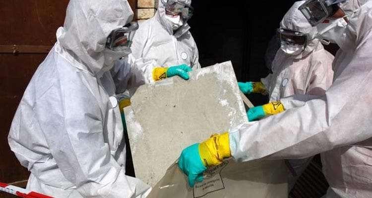 Retirada de residuos de amianto en Barcelona